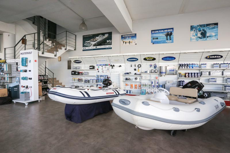 Strand Marine Showroom